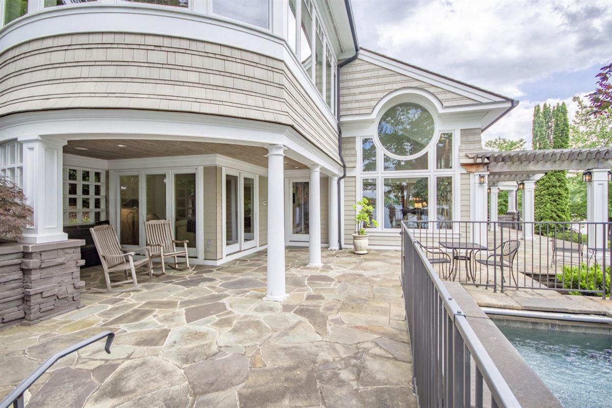 Smith Mountain Lake home mansions