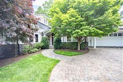 Smith Mountain Lake home luxury properties