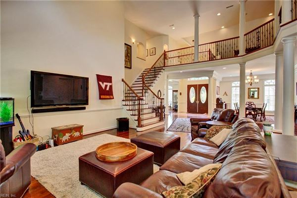 Luxury real estate stately executive home in the heart of York County