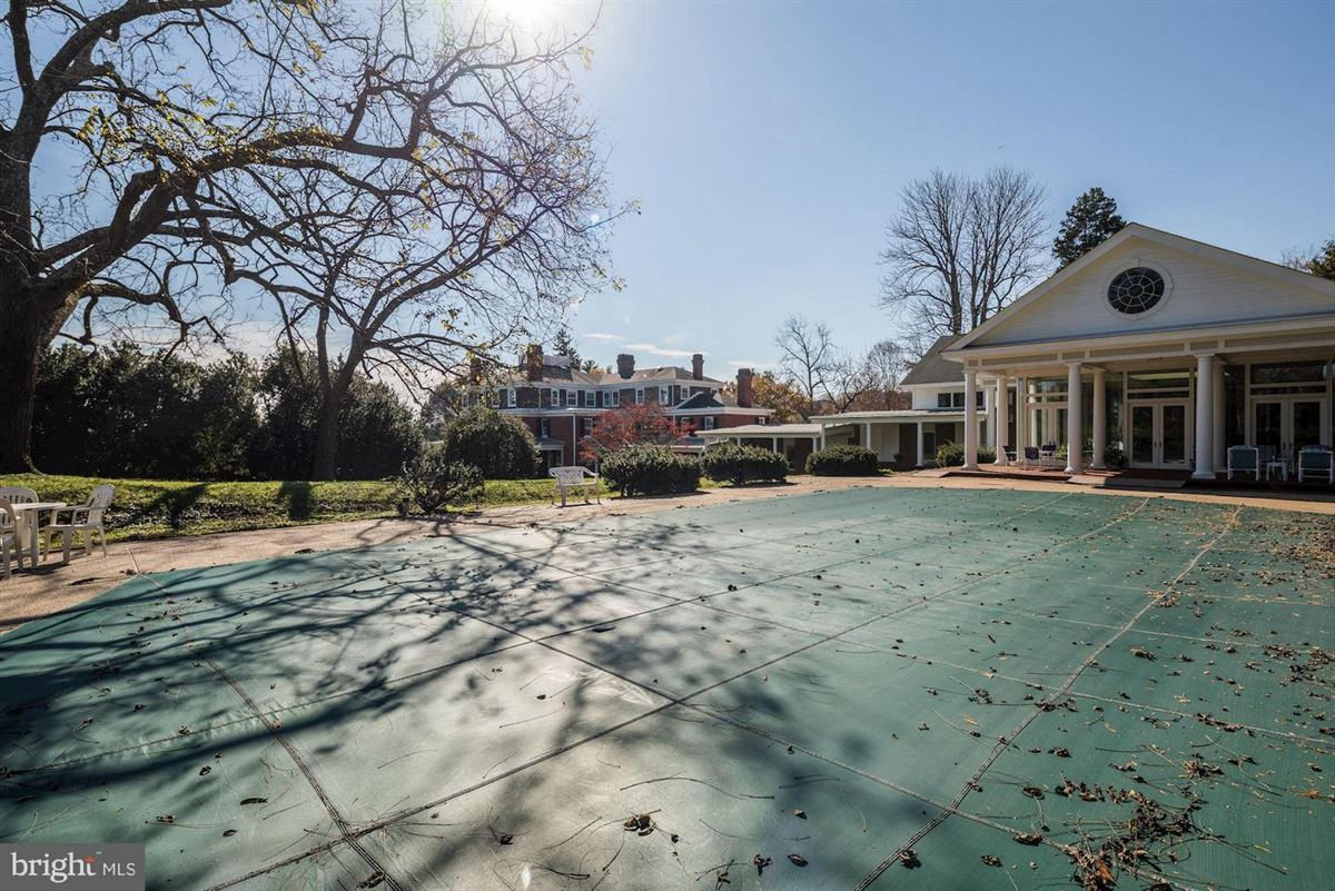 Oakdale - a magnificent historic estate in Maryland luxury homes