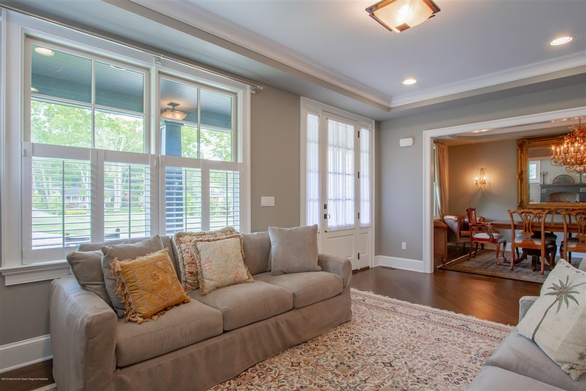 Luxury homes in pristine custom home
