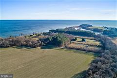 Waterfront lot on the Bay in stevensville mansions