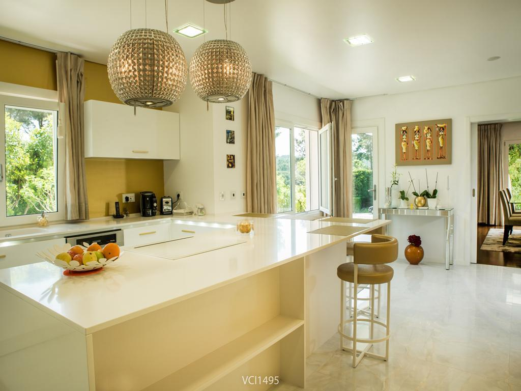Fantastic Villa in Quinta da Penha Longa luxury properties