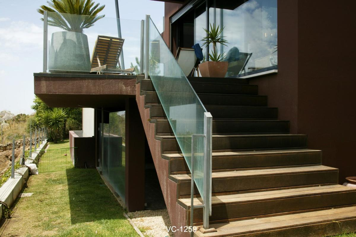 Mansions in fantastic villa overlooking Guincho Beach