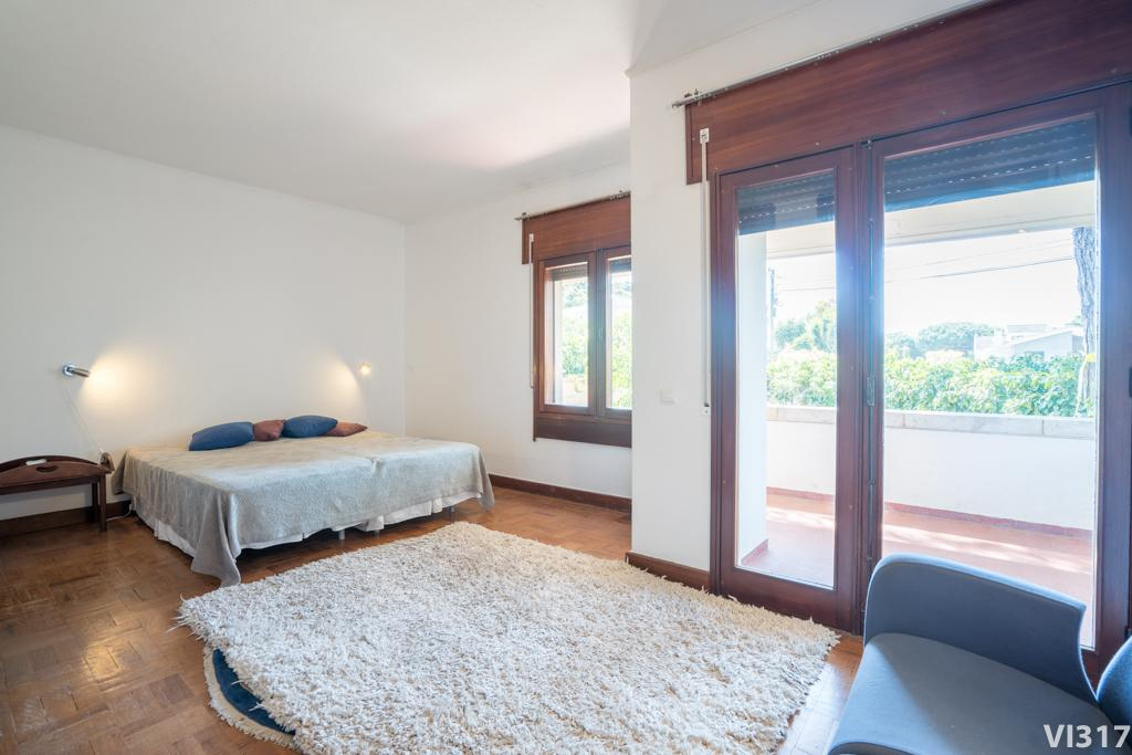 eight Bedroom Villa in Cascais mansions