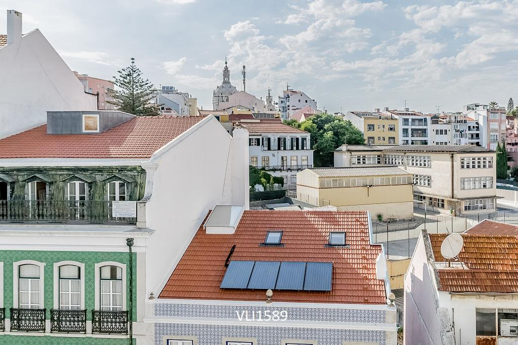 Luxury homes in 5 Bedroom Apartment in Vibrant Lisbon