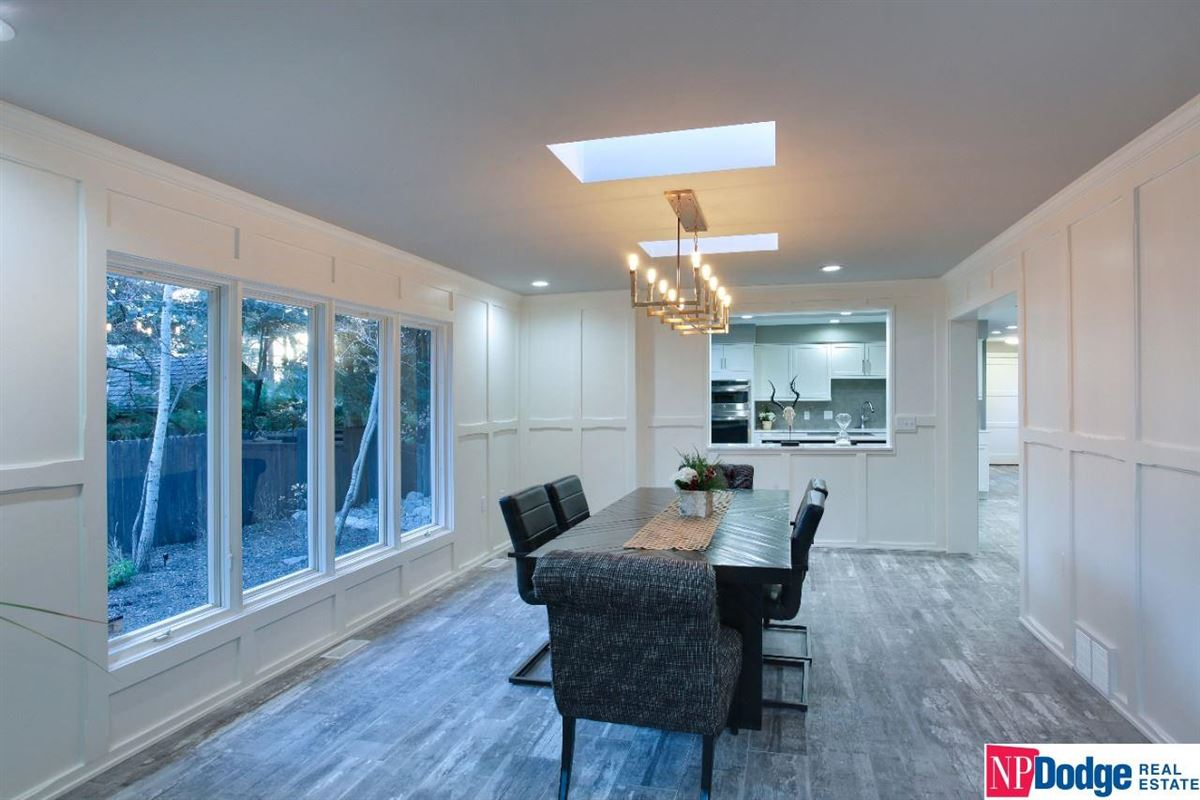 Luxury real estate Come home and relax in Tomlinson Woods