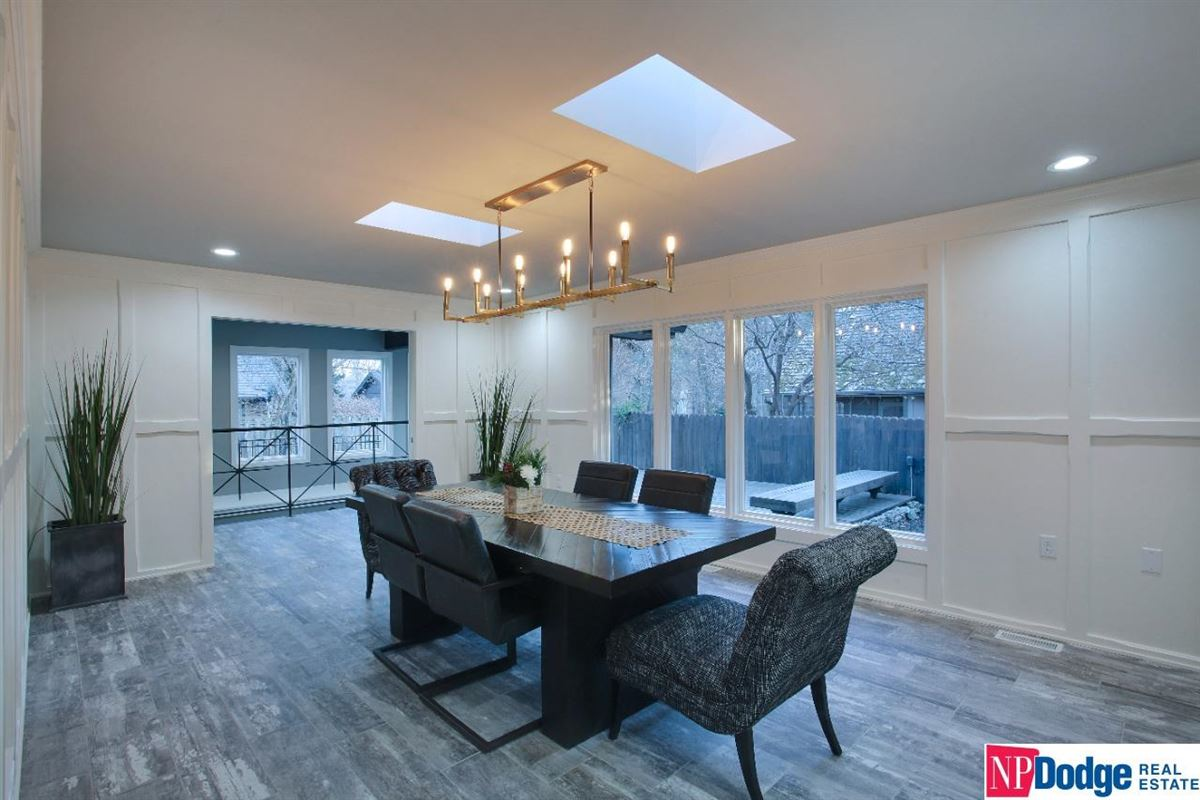 Come home and relax in Tomlinson Woods luxury real estate