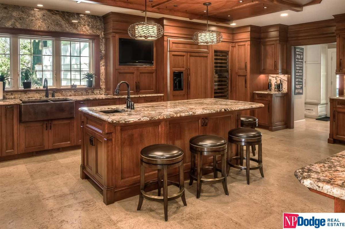Fabulously updated Fairacres dream home luxury homes