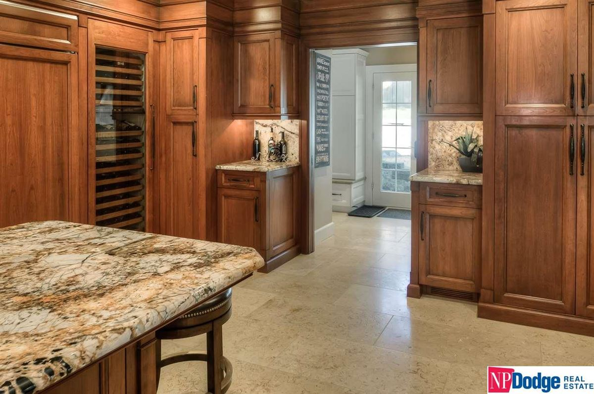 Fabulously updated Fairacres dream home luxury real estate