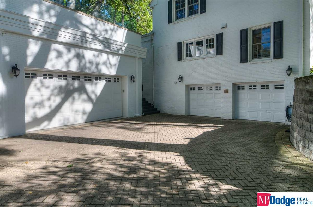 Fabulously updated Fairacres dream home luxury properties