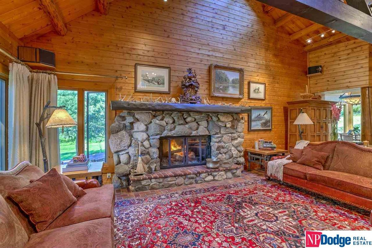 AUTHENTIC LOG Home and Guest Lodge luxury real estate