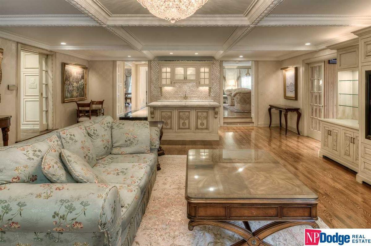 Mansions Live a wonderful new dream