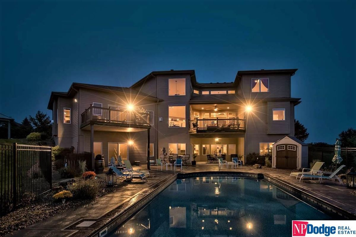 spectacular luxurious custom-built home on gorgeous acres luxury homes