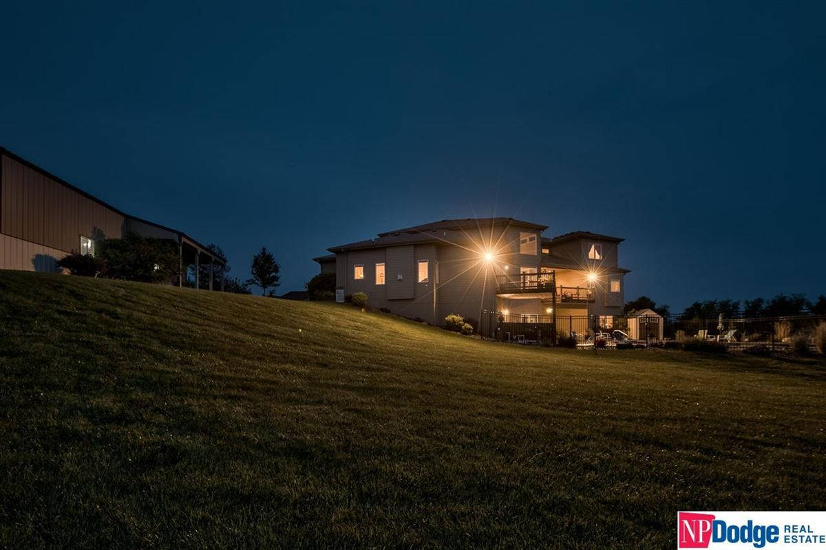 Luxury real estate spectacular luxurious custom-built home on gorgeous acres
