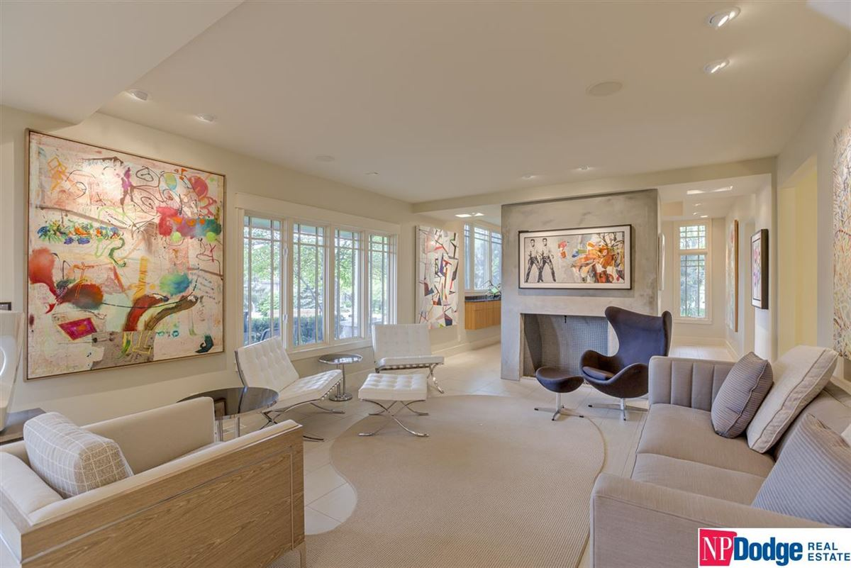 Luxury properties a Beauty in Westchester Subdivision