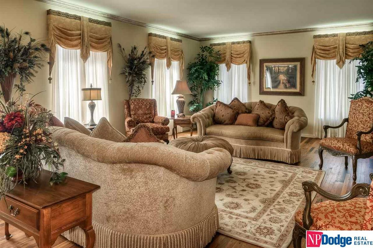 Luxury homes Exquisite French Provincial Fairacres Masterpiece