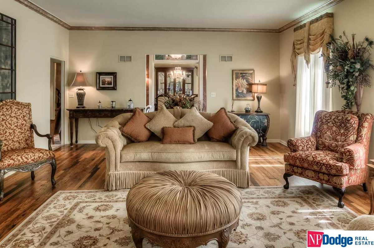 Luxury real estate Exquisite French Provincial Fairacres Masterpiece