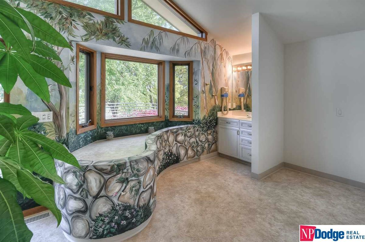 Your Own Ranch in the City luxury homes