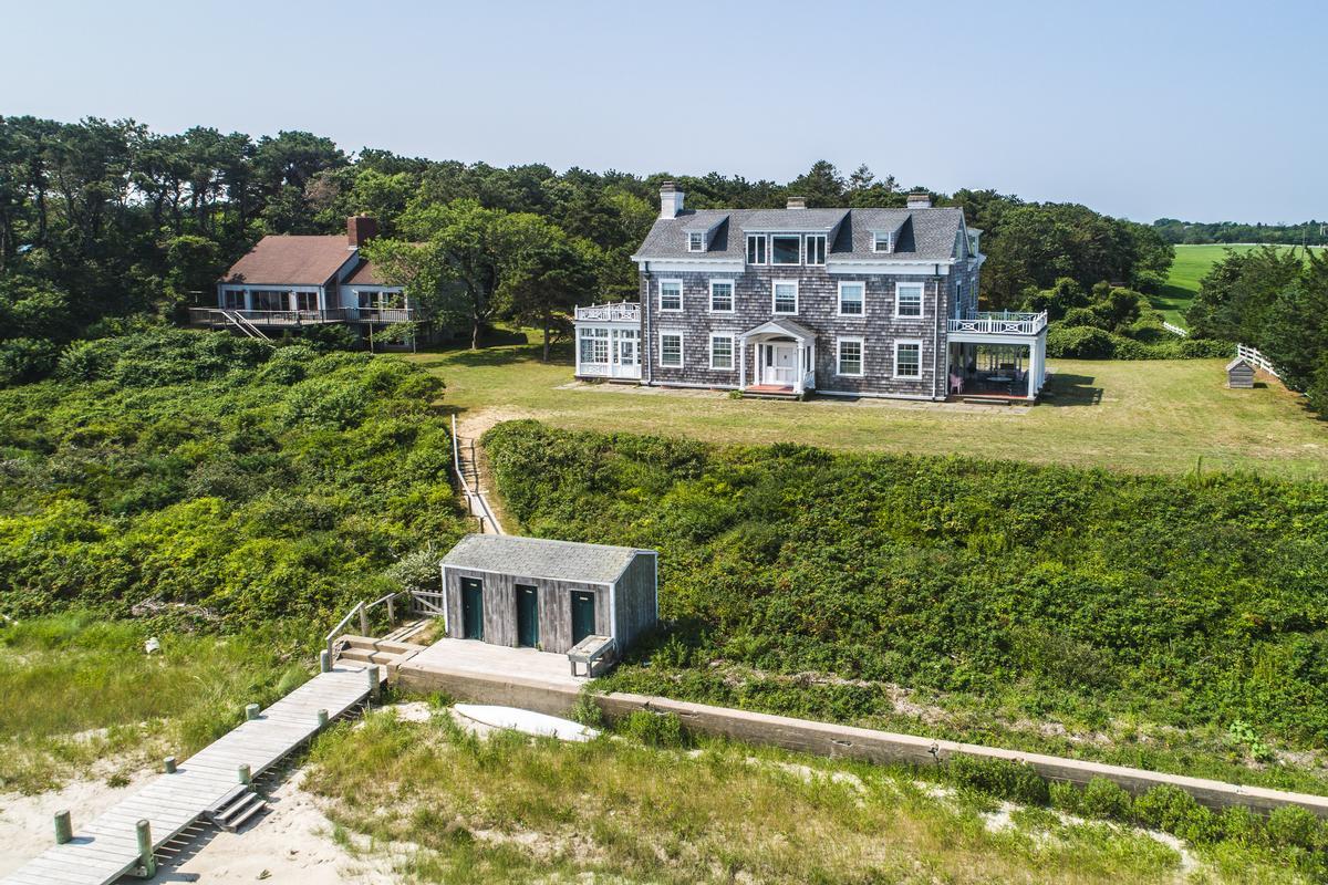 Landmark Edgartown Harbor Estate luxury homes