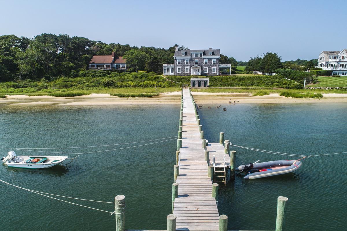 Luxury homes Landmark Edgartown Harbor Estate