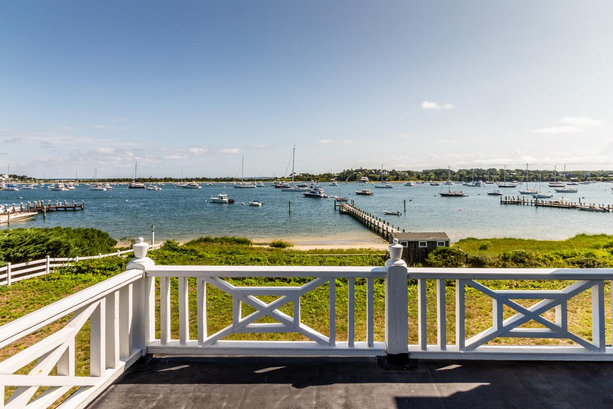 EDGARTOWN Harbor luxury properties
