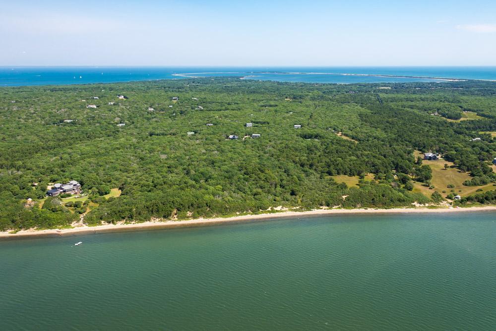 Luxury properties Waterfront Parcel on Katama Bay