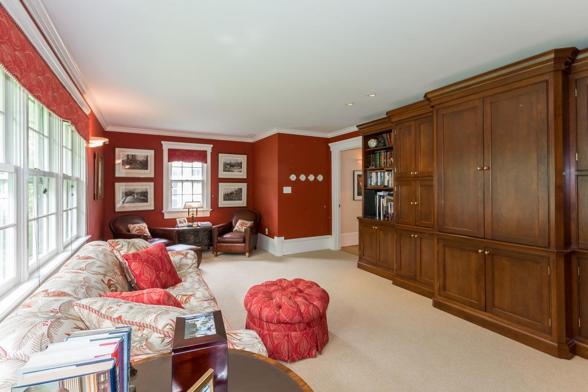 Spacious Vineyard Haven Home luxury properties
