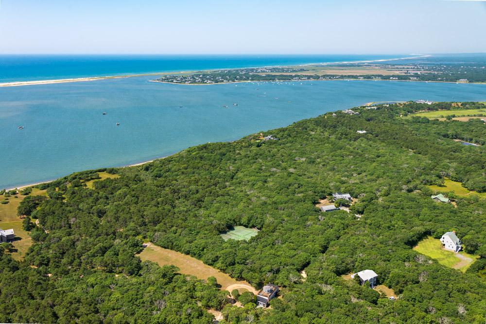 Luxury homes Waterfront Parcel on Chappaquiddick