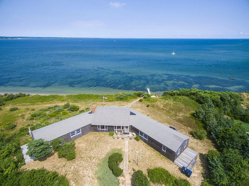 Luxury homes North Neck - Spectacular Setting and Amazing Views