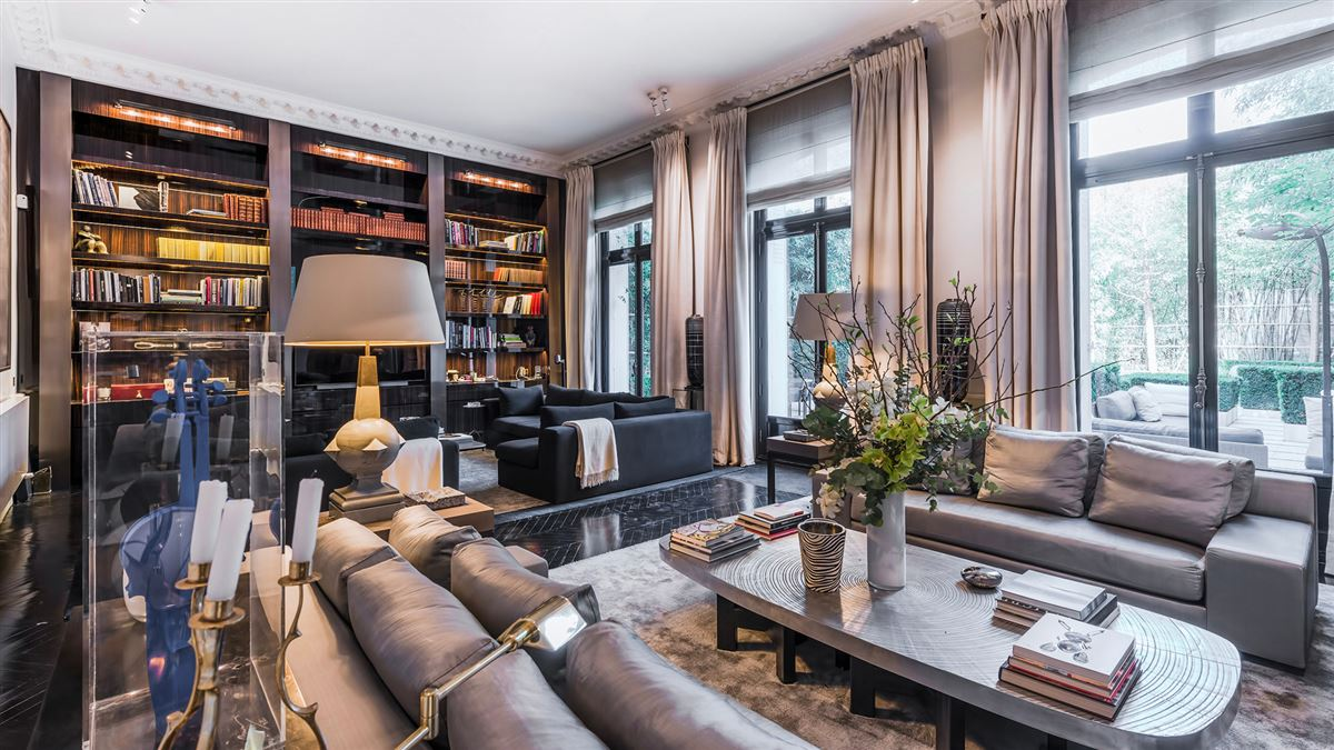 SUMPtuous mansion renovated by luxury architect luxury homes