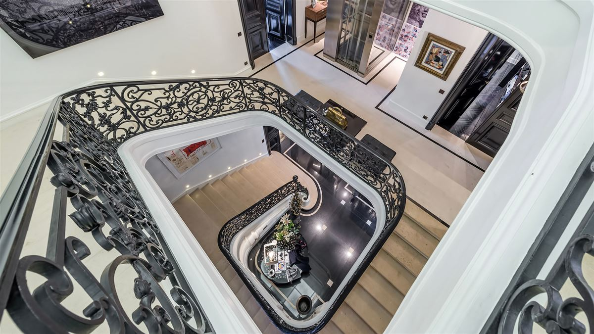 SUMPtuous mansion renovated by luxury architect luxury real estate