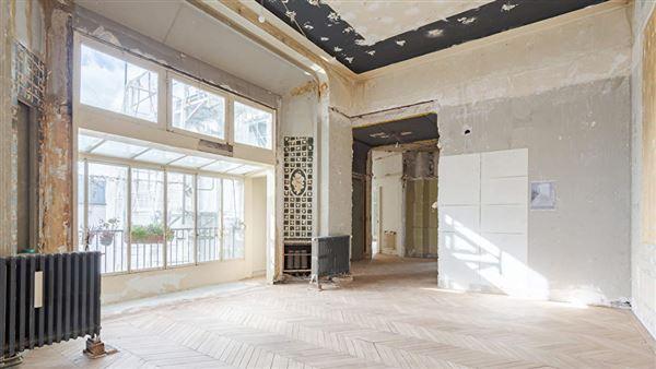 Luxury real estate Prestigious apartment in ideal location
