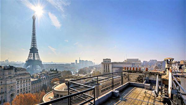 Luxury properties Prestigious apartment in ideal location