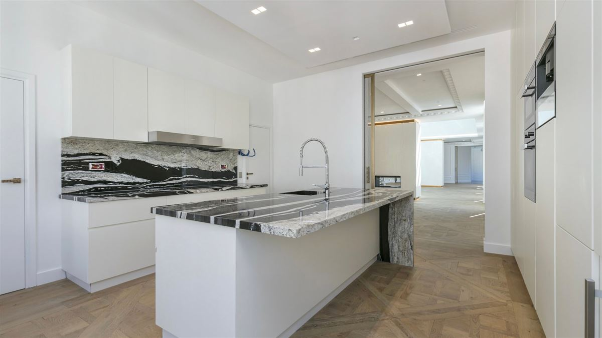 completely refurbished duplex apartment luxury real estate