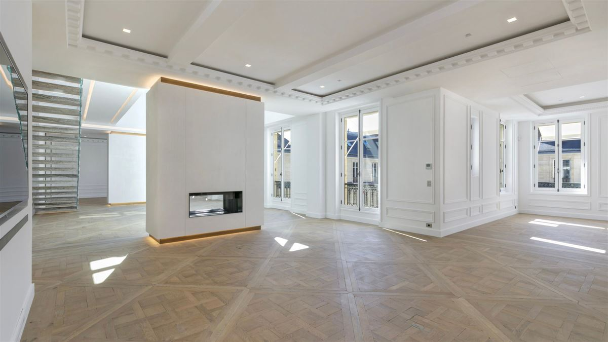 Mansions completely refurbished duplex apartment