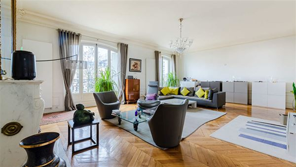 Luxury real estate magnificent apartment with unobstructed views