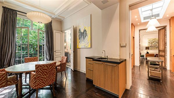 Luxury real estate lovely Parisian luxury home