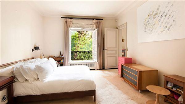 lovely Parisian luxury home luxury properties