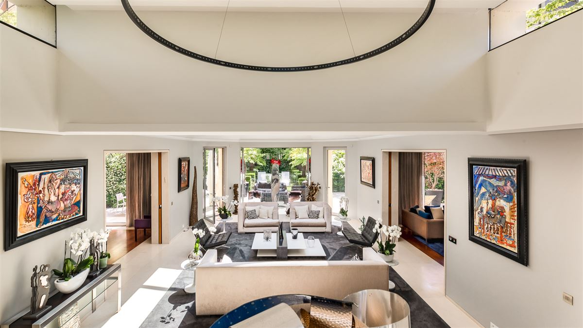 Luxury homes Rare! In the immediate vicinity of the Ranelagh Garden and La Muette