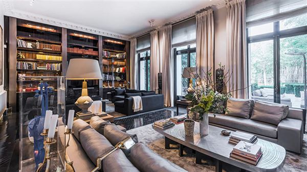 Luxury homes Sumptuous renovated mansion