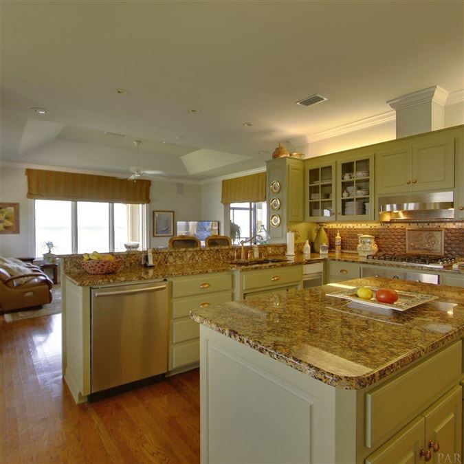 Luxury properties Enjoy breathtaking views