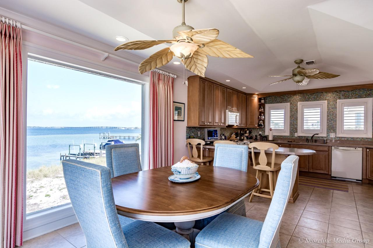 Luxury homes in 133 Le Port Dr