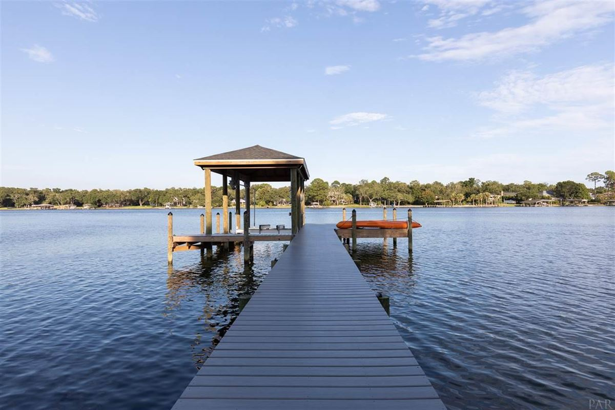 Charming and inviting waterfront home luxury properties