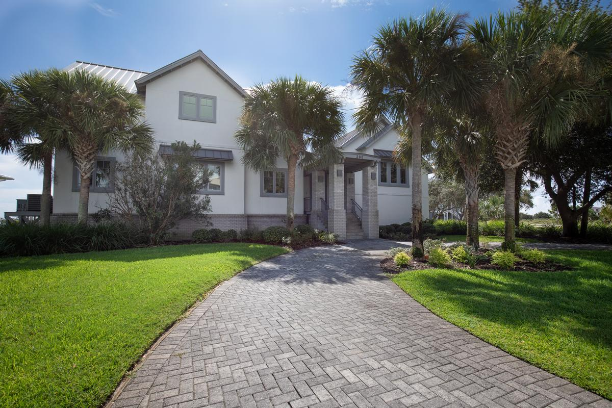 Luxury homes 200 Sabine Dr. in Pensacola Beach
