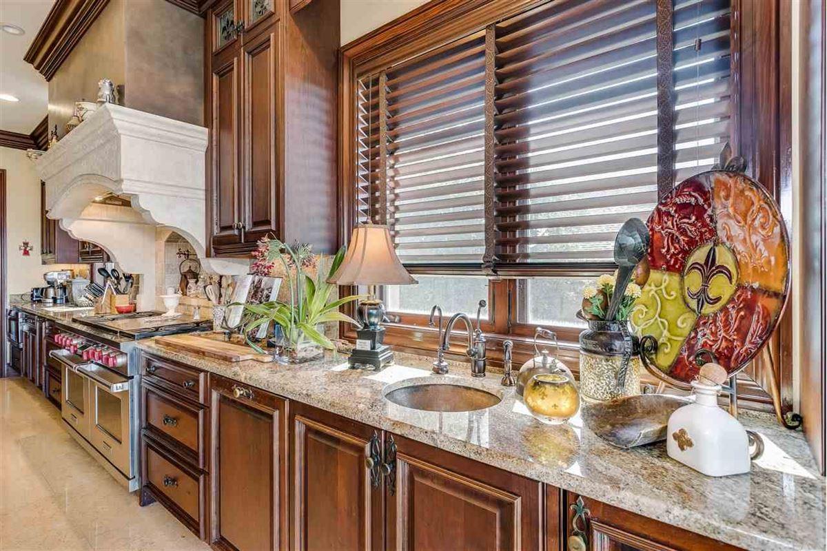 Luxury properties lovely estate on Santa Rosa Sound