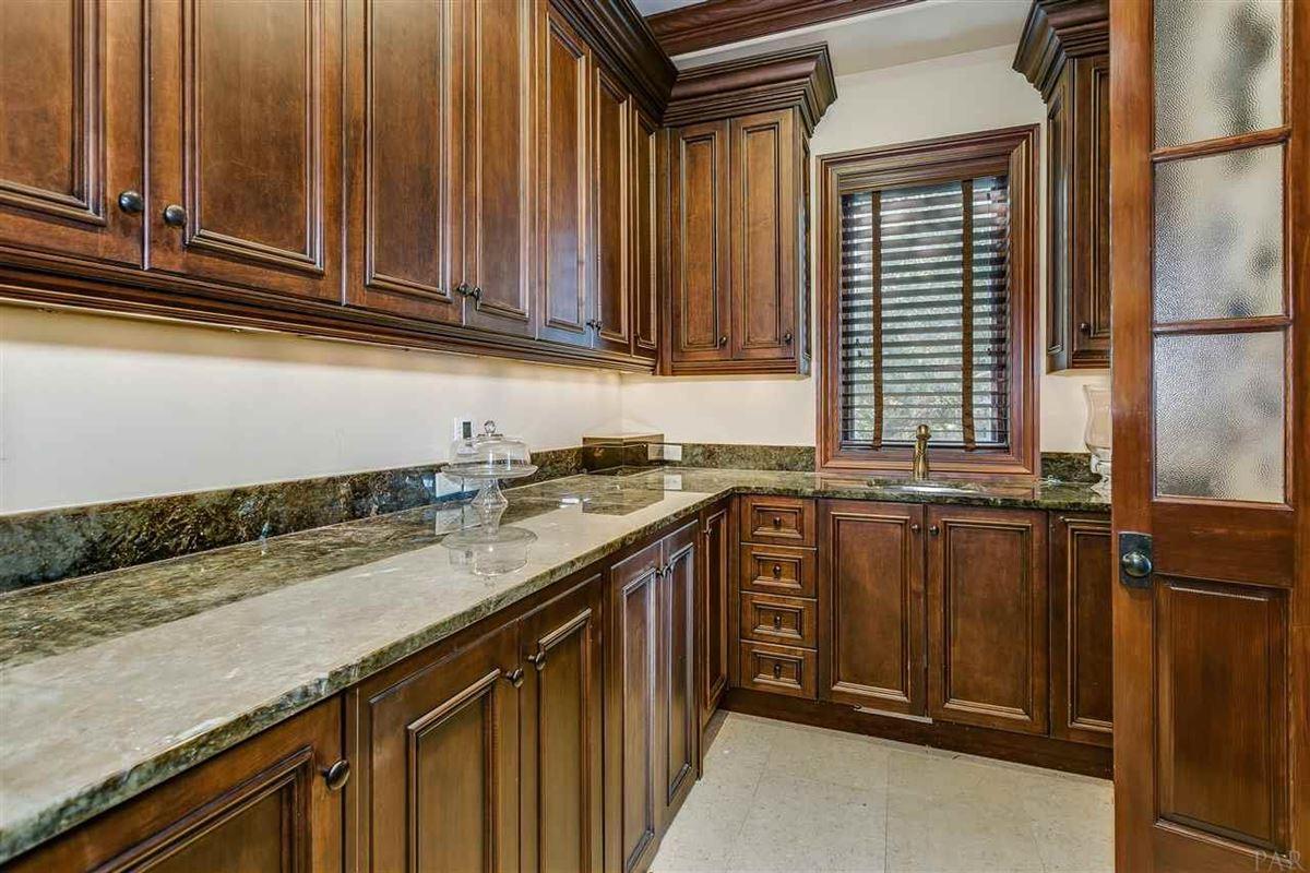 lovely estate on Santa Rosa Sound mansions