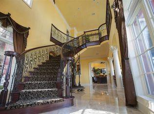 Luxury homes 3097 Pelican LN