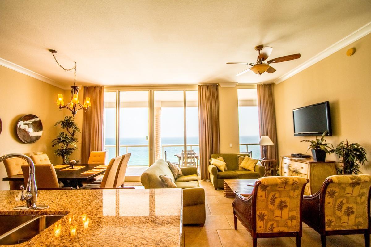 Beach Club in Florida luxury properties