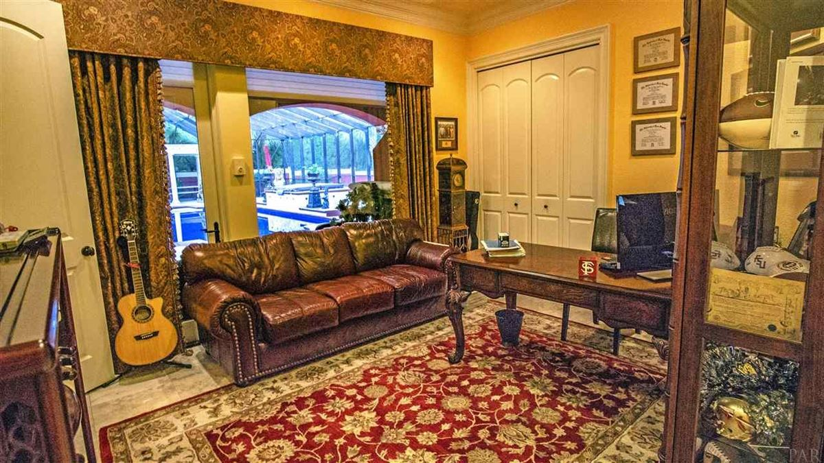 Mansions special Pensacola home